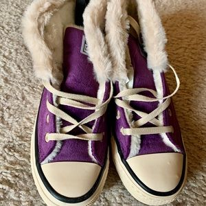NWT Ber-Star size 7.5 sneakers
